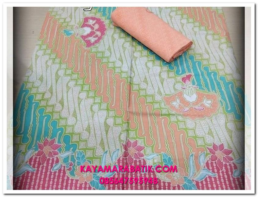 0041 3KainSeragamBatikmodel baju kondangan batik