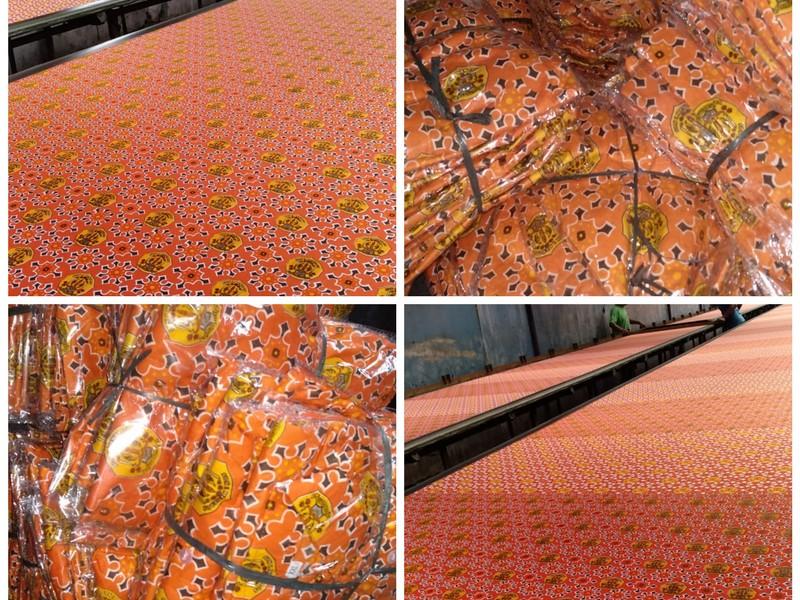 batik seragam oranye